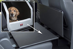 neue dog safety bridge optimiert hundebox f rs auto. Black Bedroom Furniture Sets. Home Design Ideas