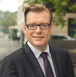 AFA AG: Finanzbranche bietet sichere Zukunftschancen